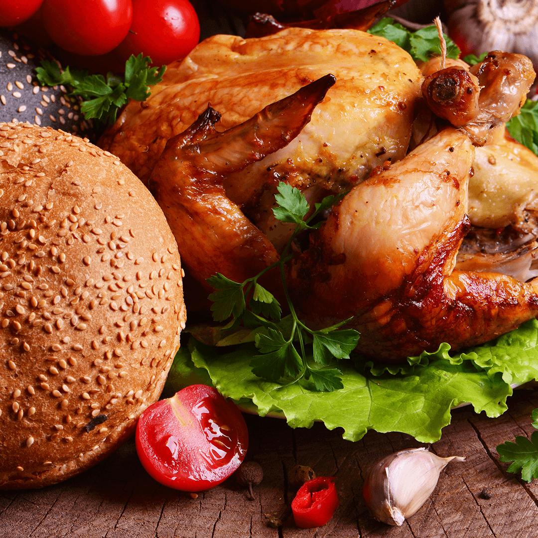 """Image 3 decembrie: Pui umplut cu mere, ciuperci, ficăței și pâine de casă – """"Soacra cu trei nurori"""""""