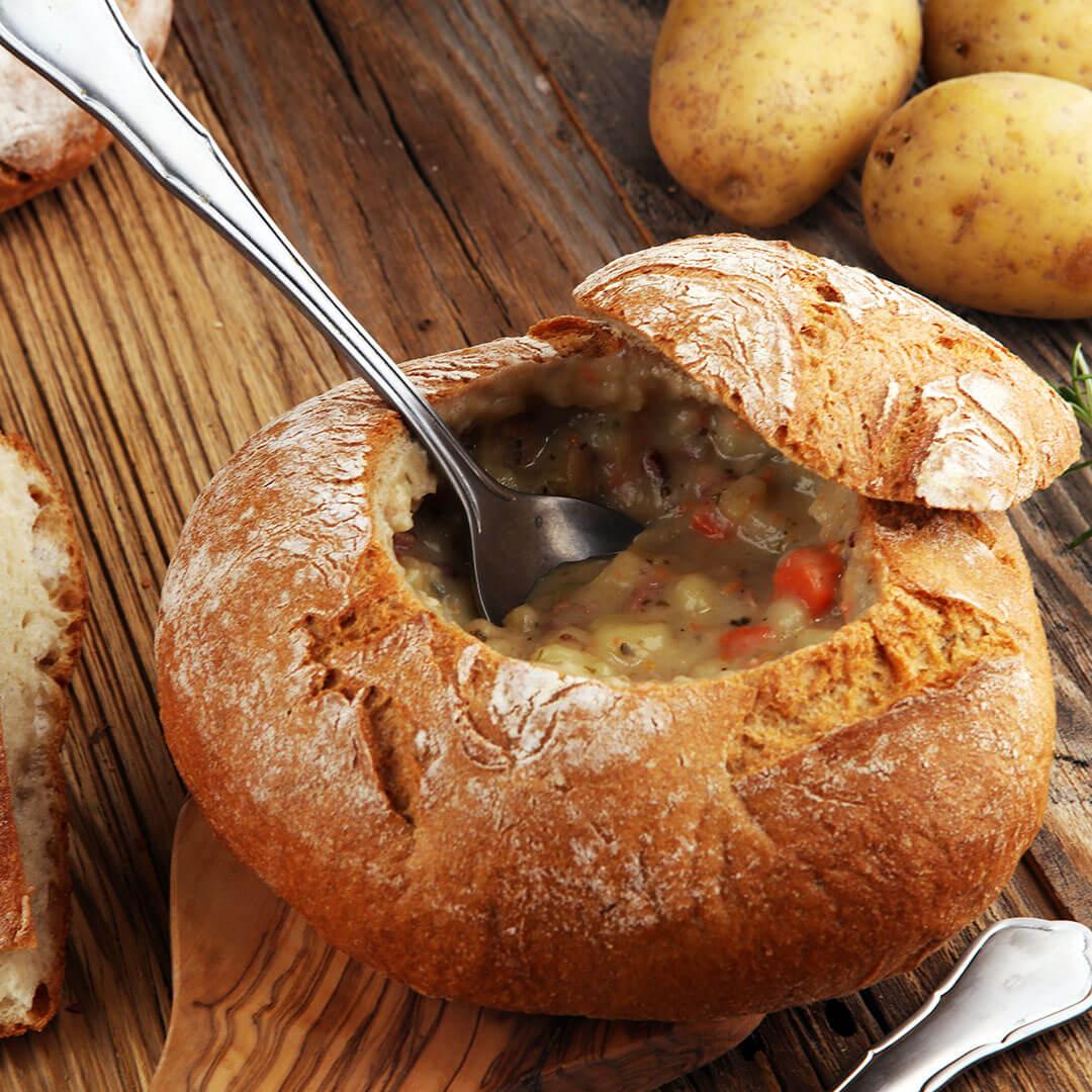 Image Ciorbă de fasole în pâine